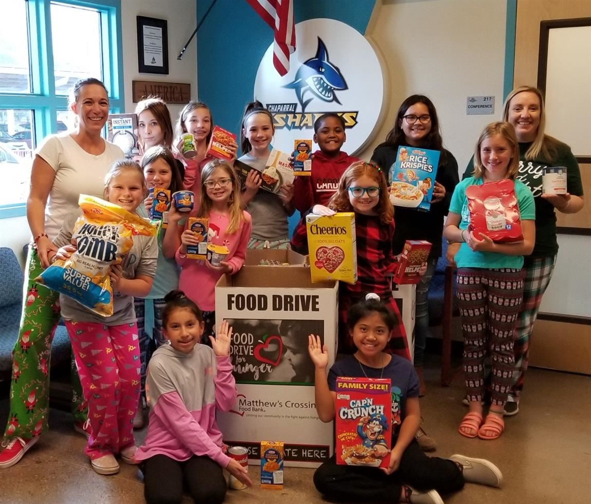 Chaparral Lighthouse Students food drive